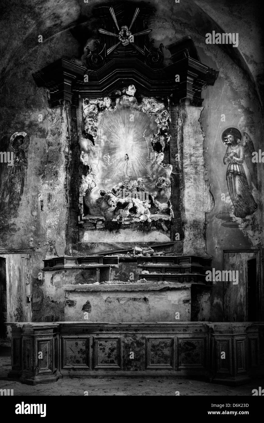 Italy. Abandoned church. Rectory - Stock Image