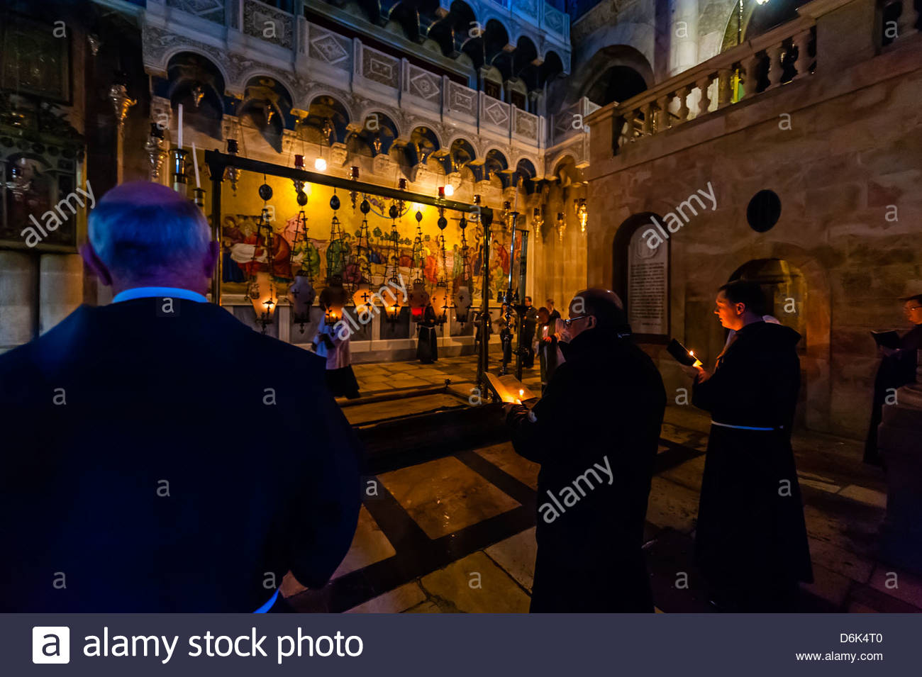 A Roman Catholic Mass in the Church of the Holy Sepulchre, Old City, Jerusalem, Israel - Stock Image