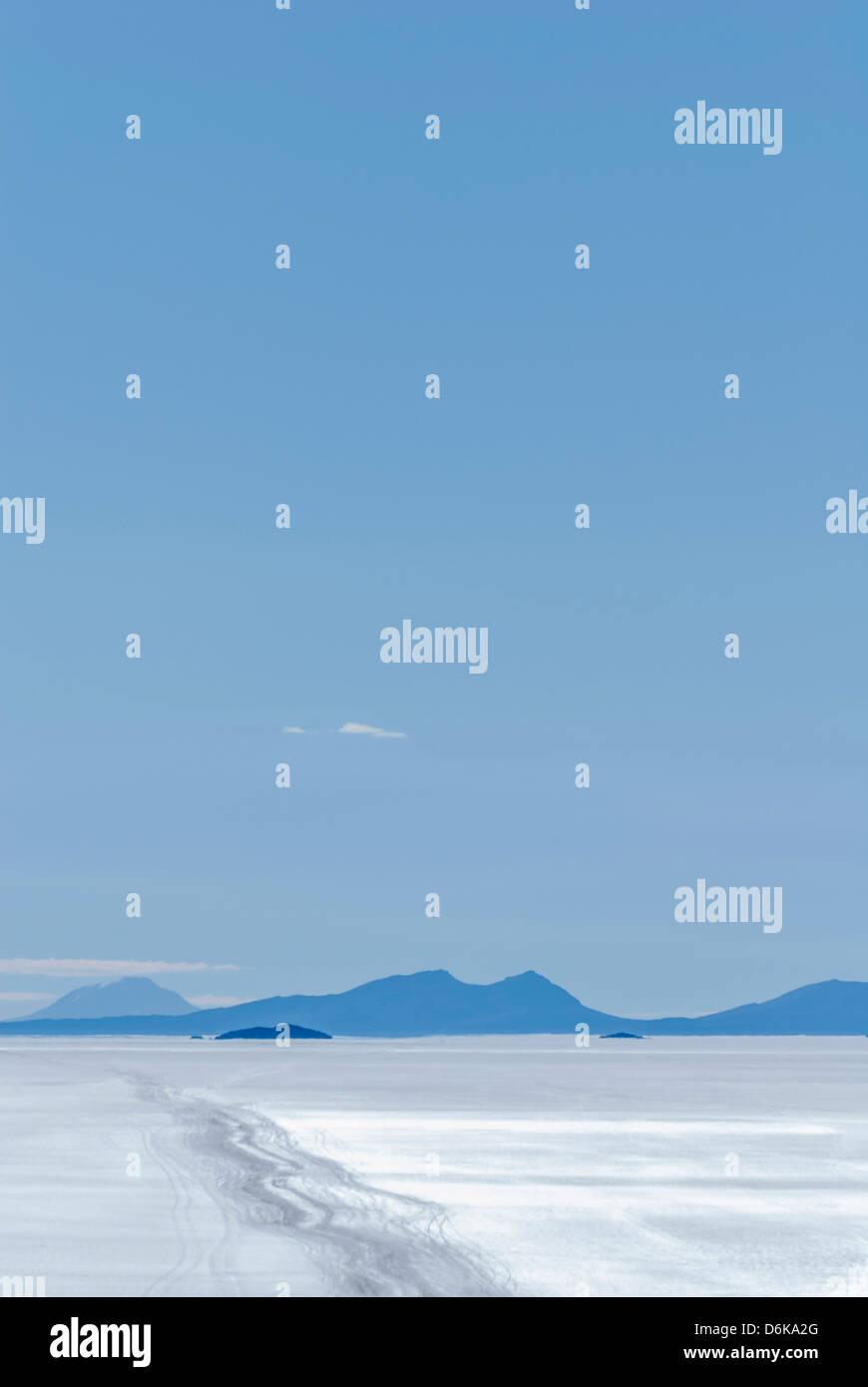 View of Salar de Uyuni, Potosi Department, Altiplano, Bolivia - Stock Image