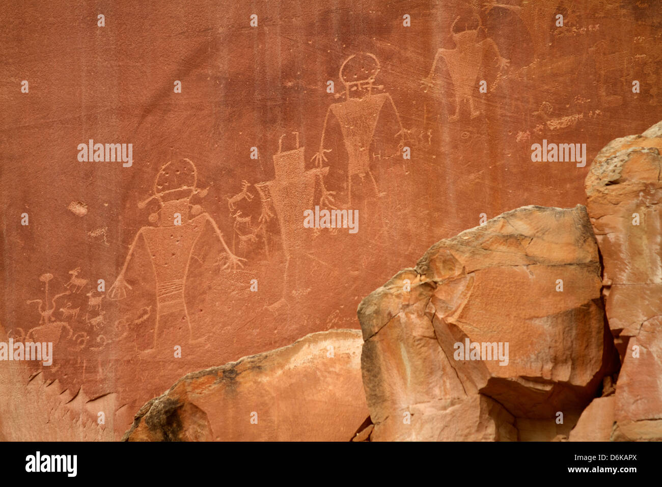 Oldest Pueblos and Navajos tracks of art on the cliffs of Monument Valley, Utah, United States of America, North Stock Photo