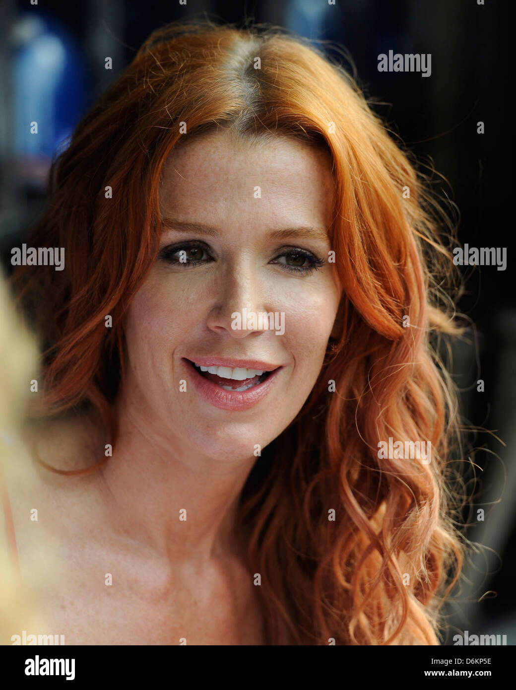 Poppy Montgomery Without A Trace Stars At Citi Field To Watch The