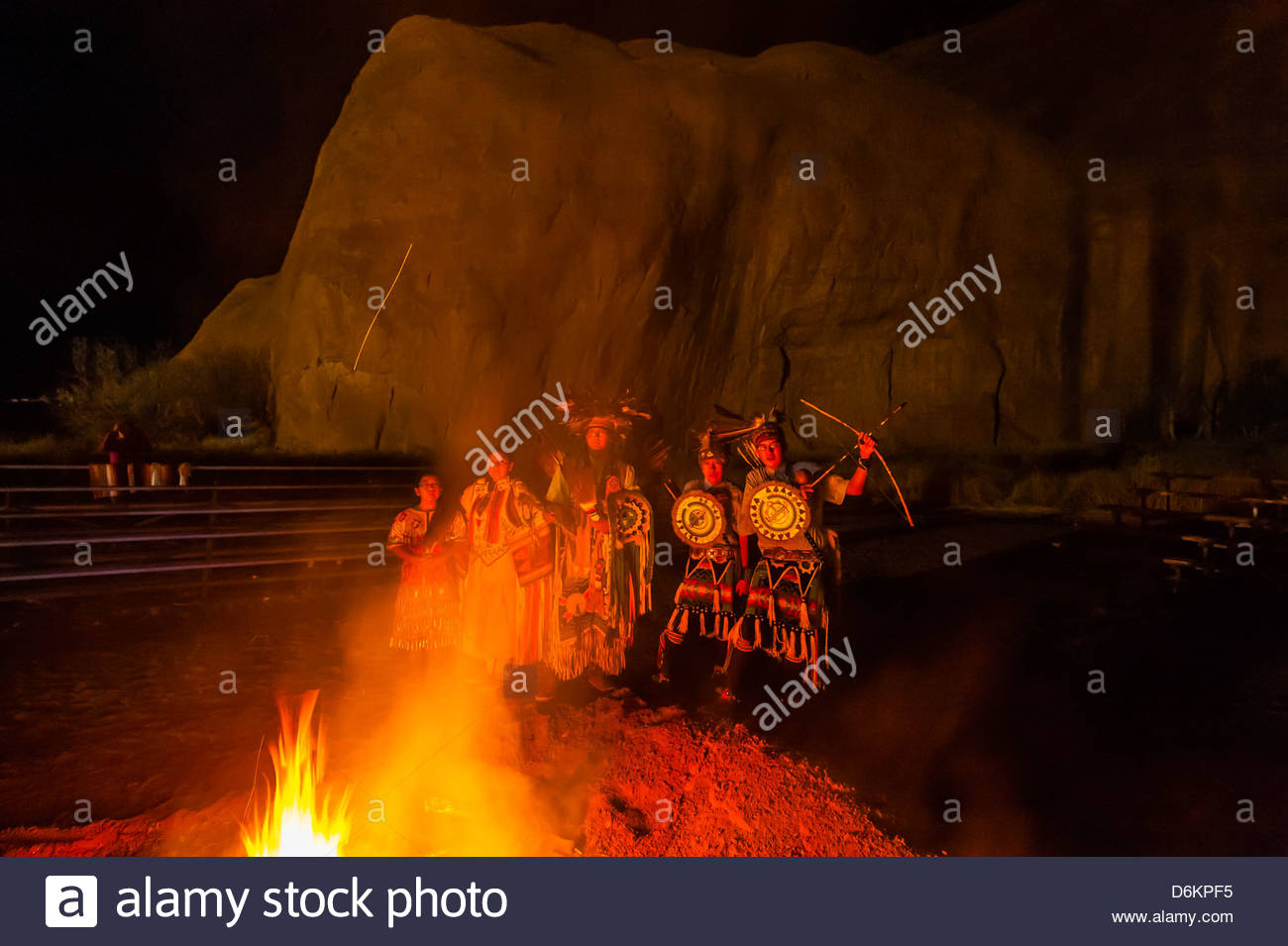 Native Americans dancers during the Red Rock Balloon Rally, Red Rock State Park, Gallup, New Mexico USA. - Stock Image