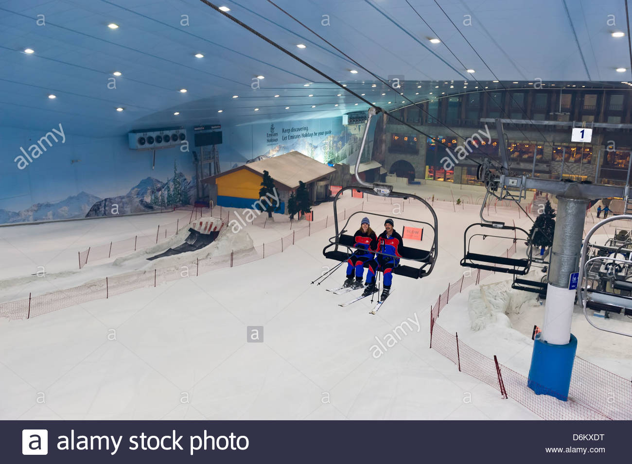 skiing, ski dubai, an indoor ski slope in the mall of the emirates