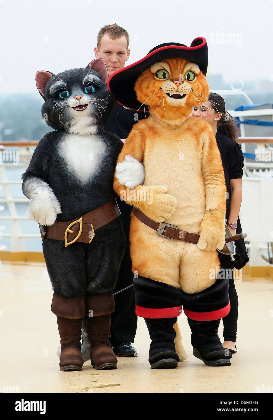 Puss In Boots characters DreamWorks Animation and Royal