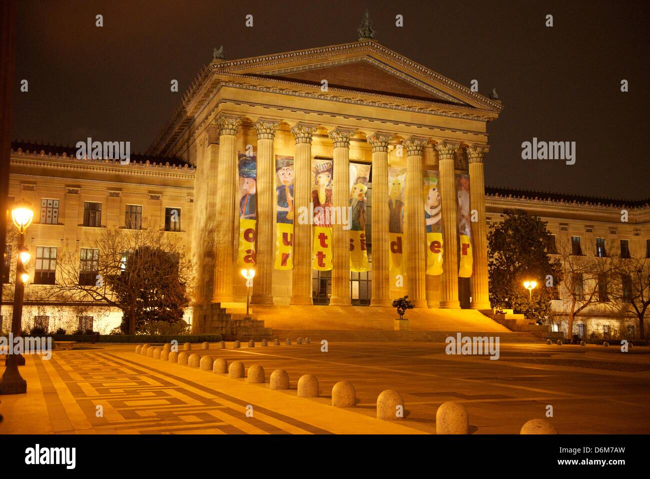 People gathered on the steps of the Philadelphia Museum of art to play the world's largest video game of Pong - Stock Image