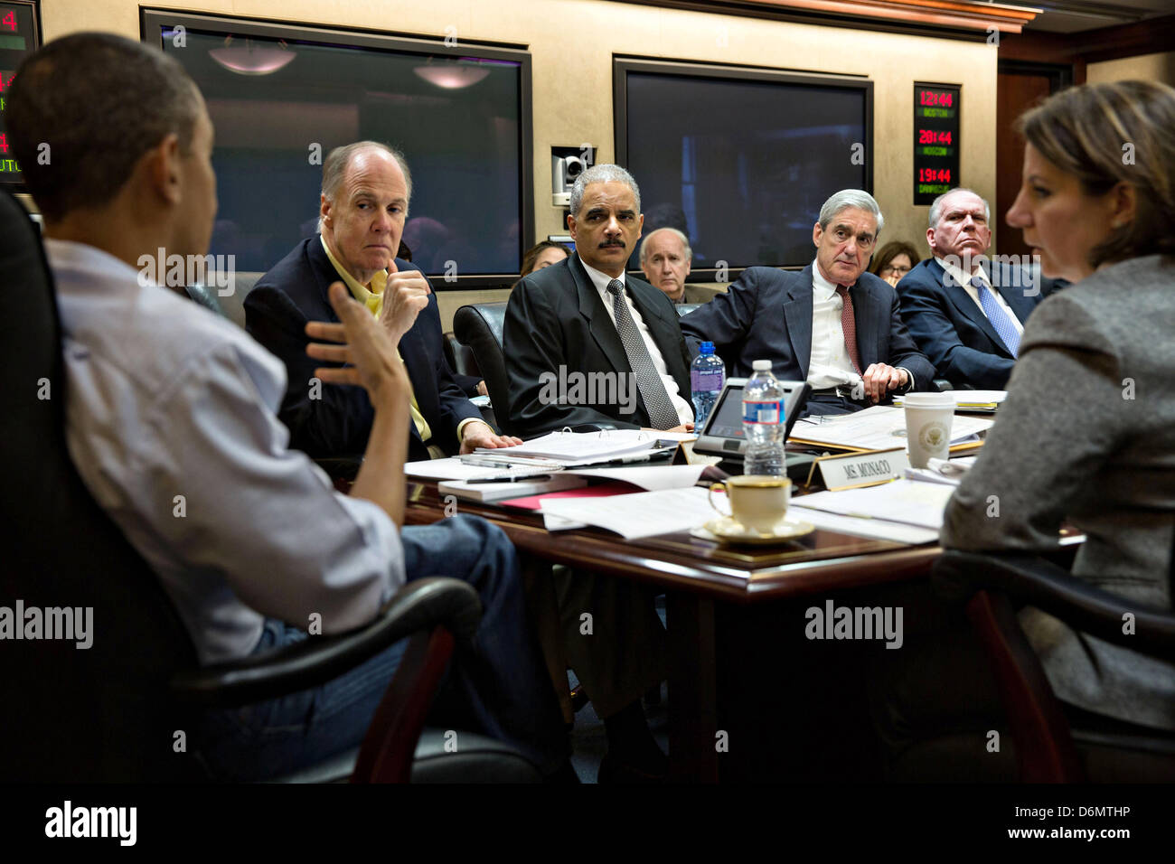 US President Barack Obama holds a meeting in Situation Room on the ongoing investigation in the Boston Marathon - Stock Image