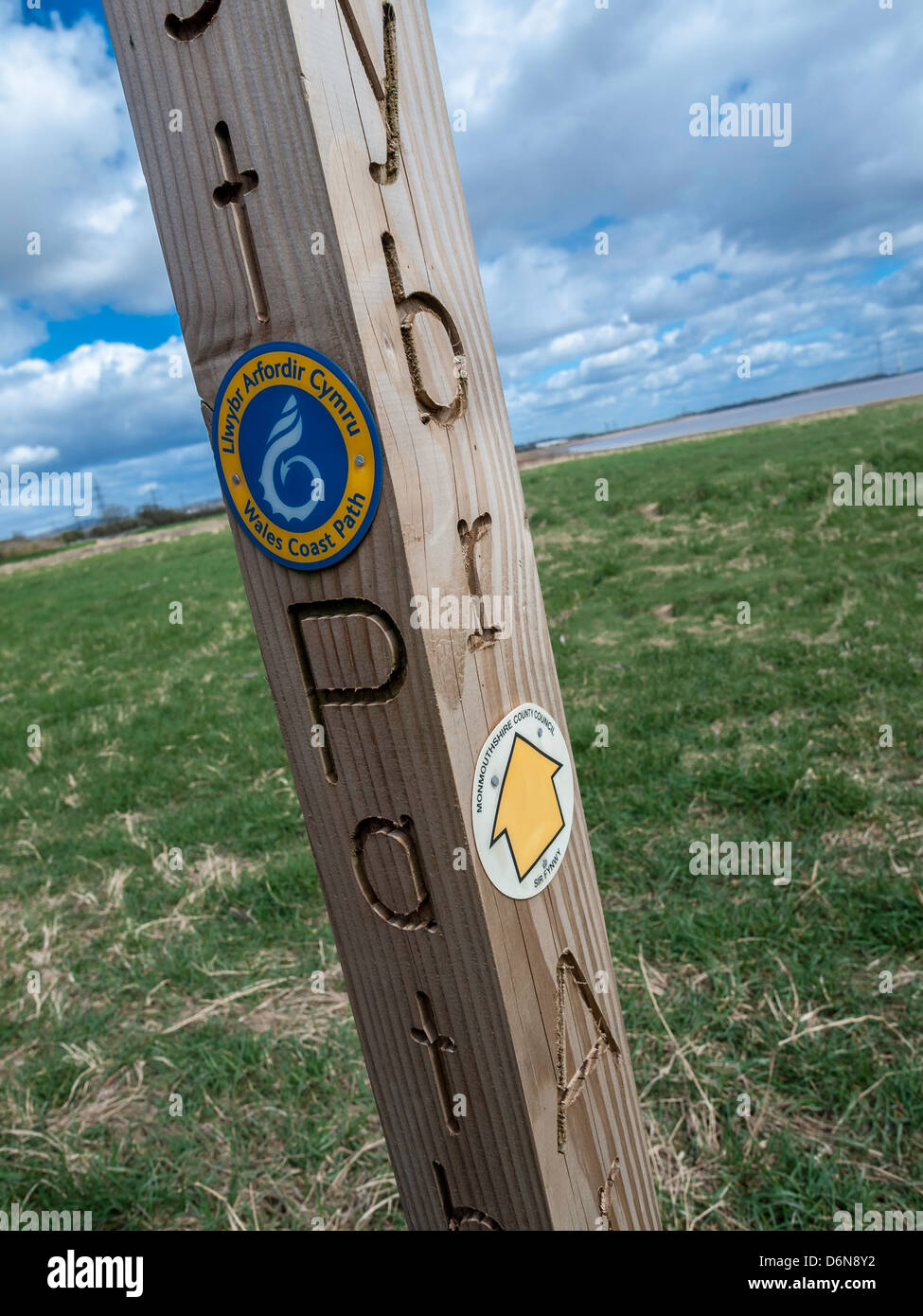 SIGNS ON WALES COAST PATH AT BLACK ROCK - Stock Image
