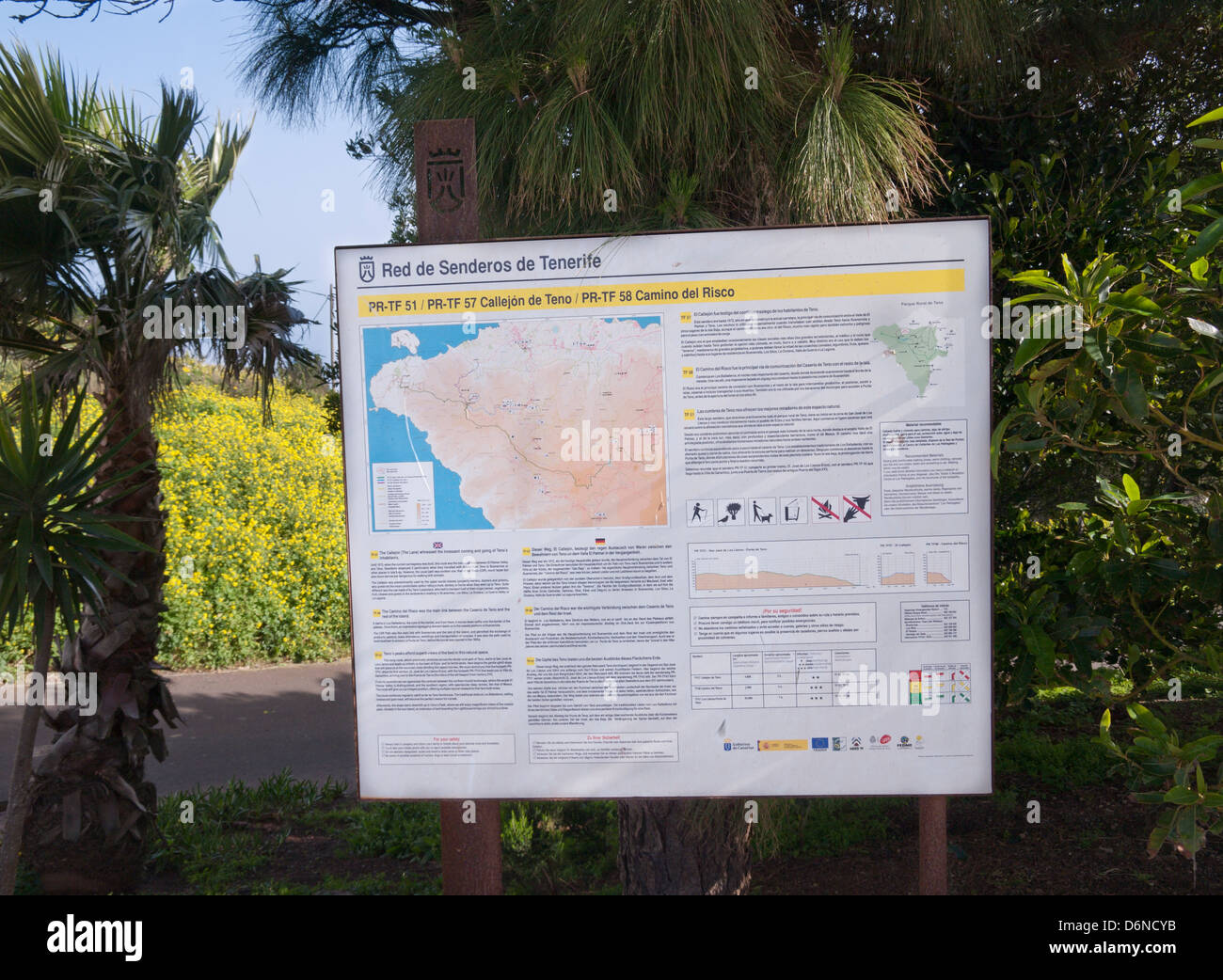 Information board about the organized footpaths in the Teno mountains in the west of Tenerife Spain set up in Teno - Stock Image