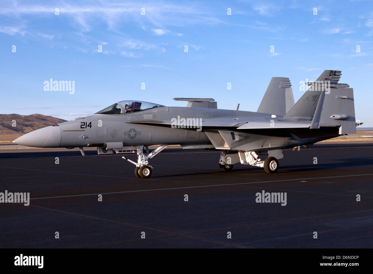 Boeing F/A-18E/F Super Hornet taxiing with wing tips folded. - Stock Image