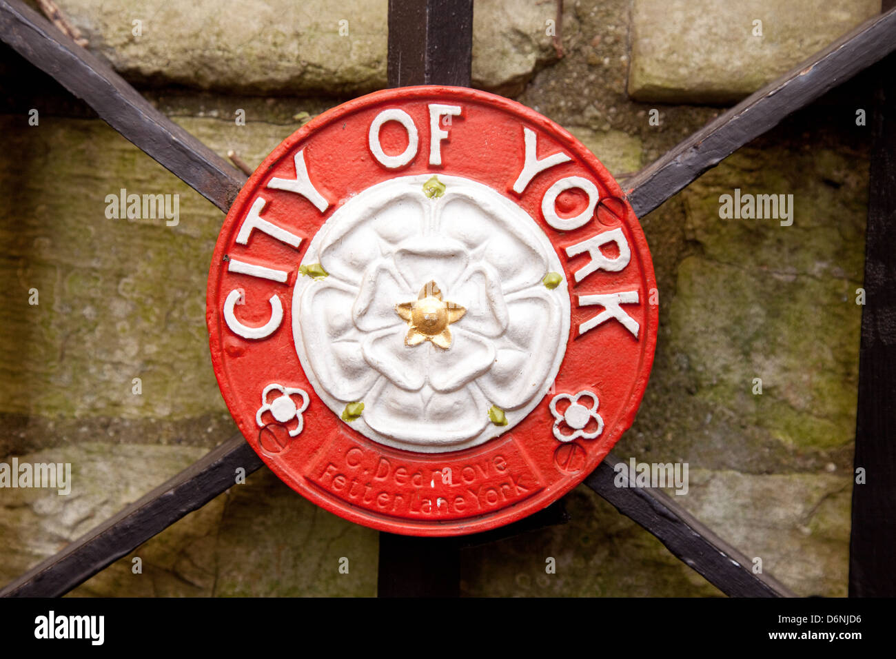 The white rose symbol of the house of york the city of york and the white rose symbol of the house of york the city of york and yorkshire uk buycottarizona Choice Image