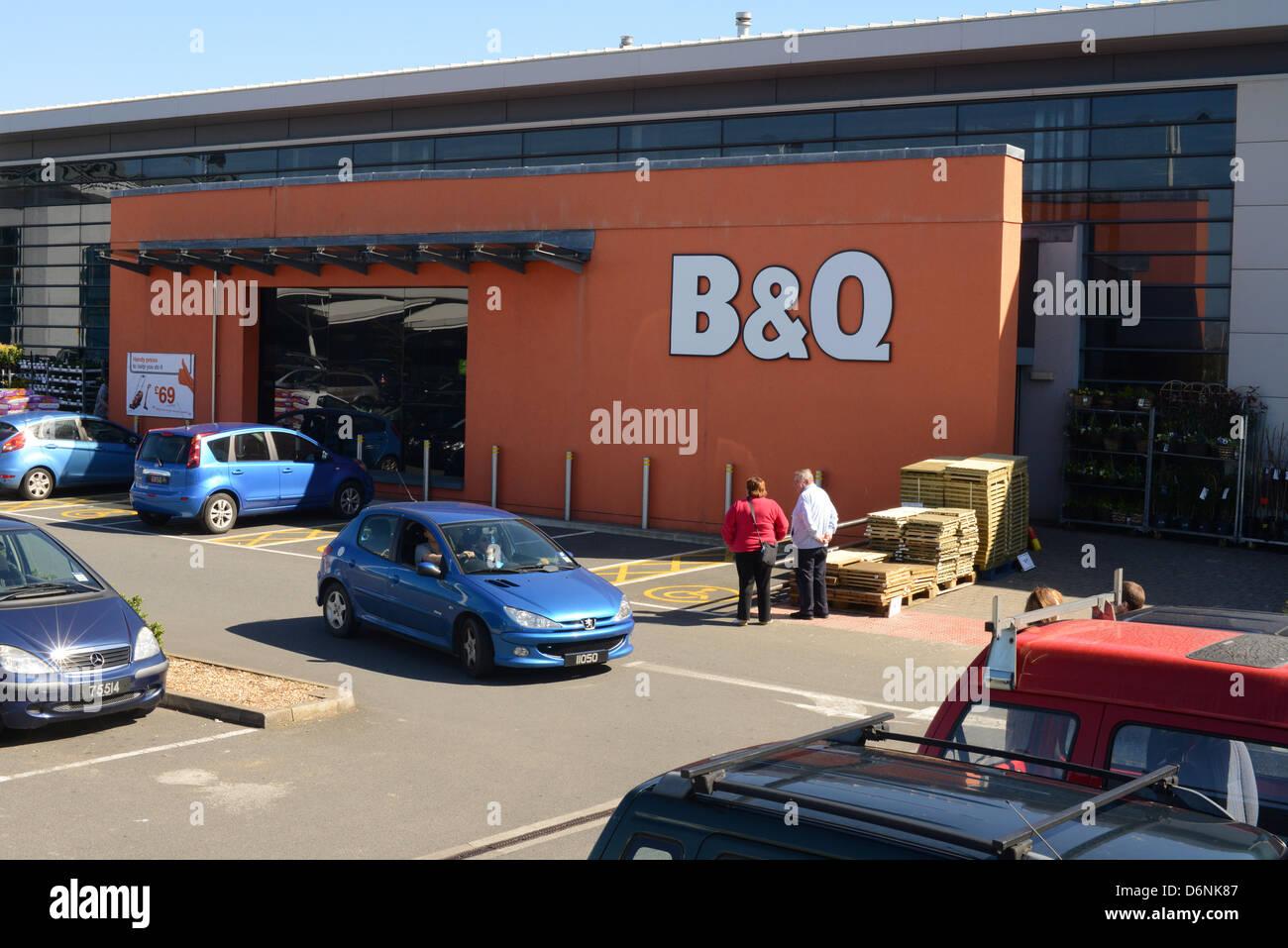 Foss Islands Retail Park Car Parking