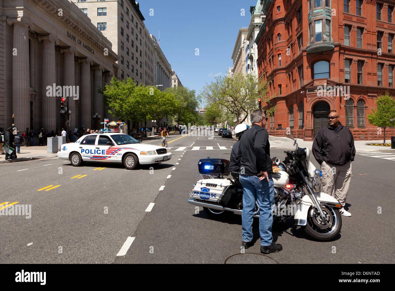 Police roadblock - Washington, DC USA - Stock Image