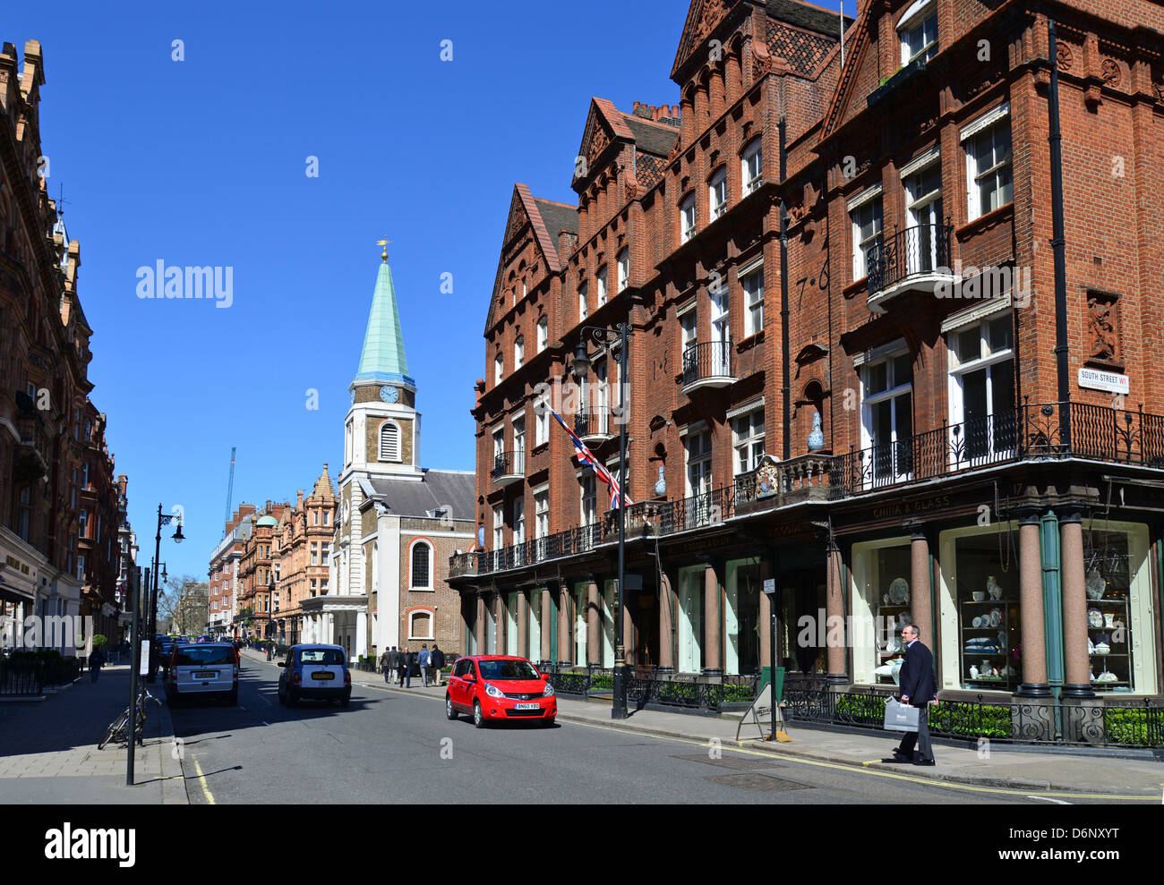Street scene showing Grosvenor Chapel, South Audley Street, Mayfair, City of Westminster, London, England, United - Stock Image