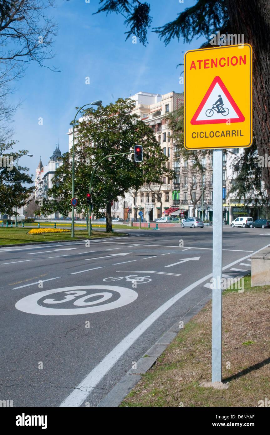 Cycle lane traffic sign. Alcala street, Madrid, Spain. - Stock Image