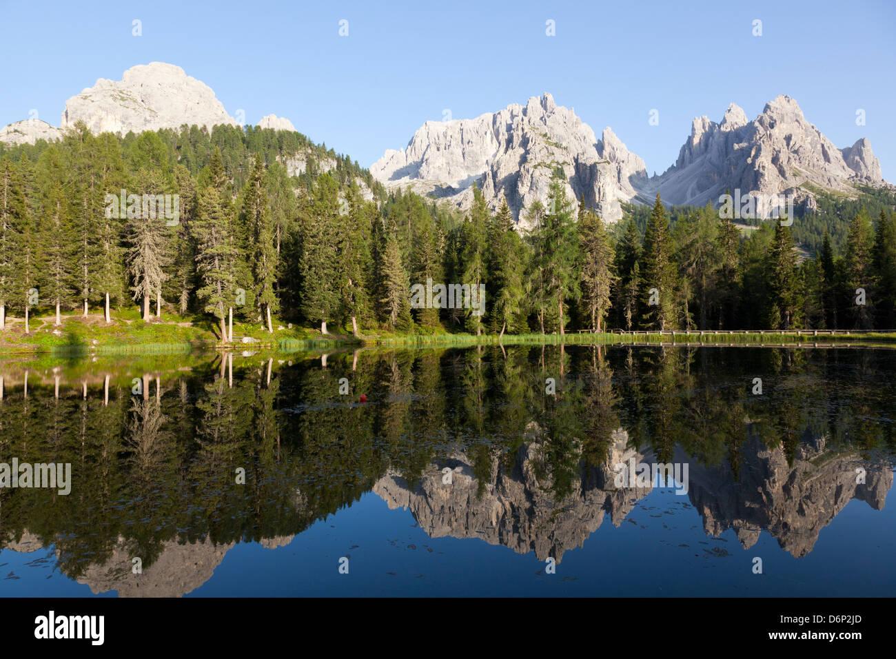 Reflections at sunset on Antorno Lake, Misurina, Tre Cime di Lavaredo, Belluno, Dolomites, Italy, Europe - Stock Image