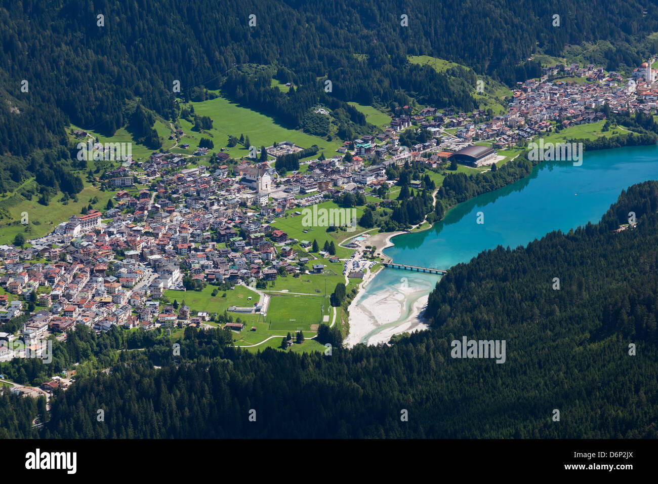 Auronzo village and lake in the Belluno Dolomites, Italy, Europe - Stock Image