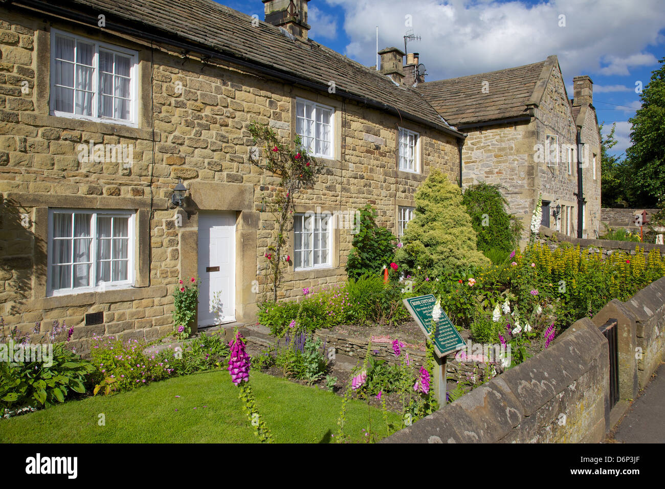 Plague cottages, Eyam, Derbyshire, England, United Kingdom, Europe - Stock Image