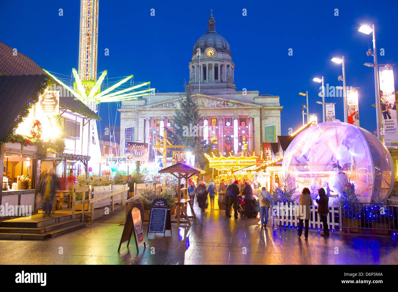 Council House and Christmas Market stalls in the Market Square, Nottingham, Nottinghamshire, England, United Kingdom, - Stock Image