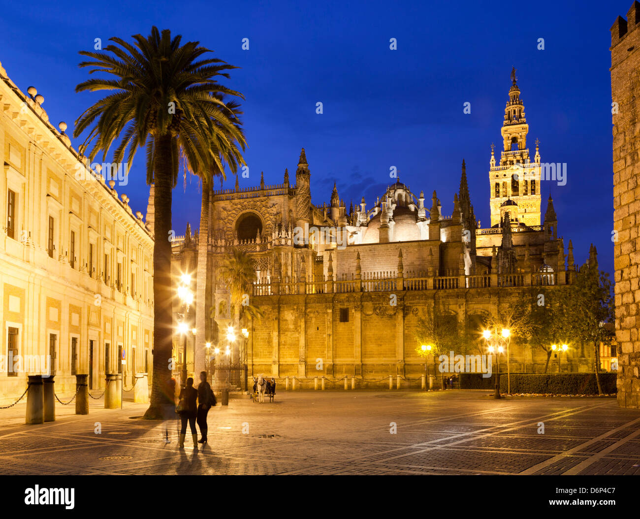 Seville cathedral (catedral) and the Giralda at night, UNESCO World Heritage Site, Seville, Andalucia, Spain, Europe - Stock Image