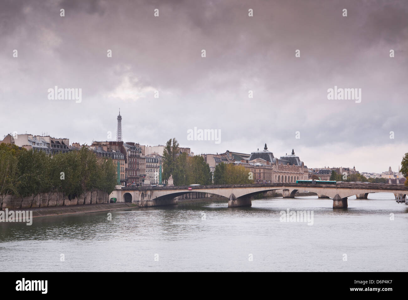 Looking down the River Seine in Paris on a rainy day, Paris, France, Europe - Stock Image