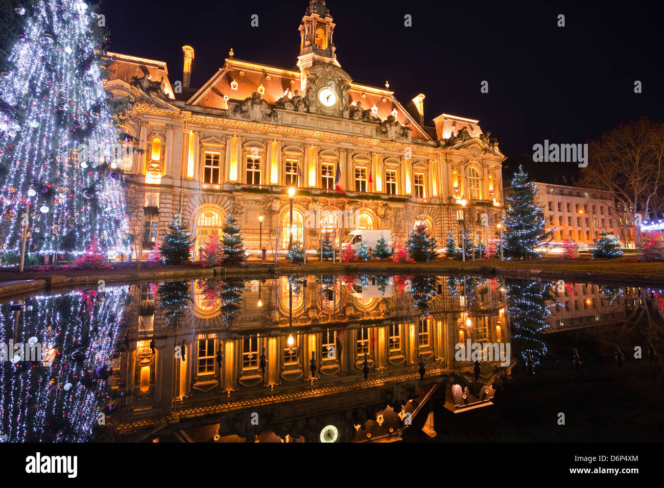The Mairie (town hall) of Tours lit up with Christmas lights, Tours, Indre-et-Loire, France, Europe - Stock Image