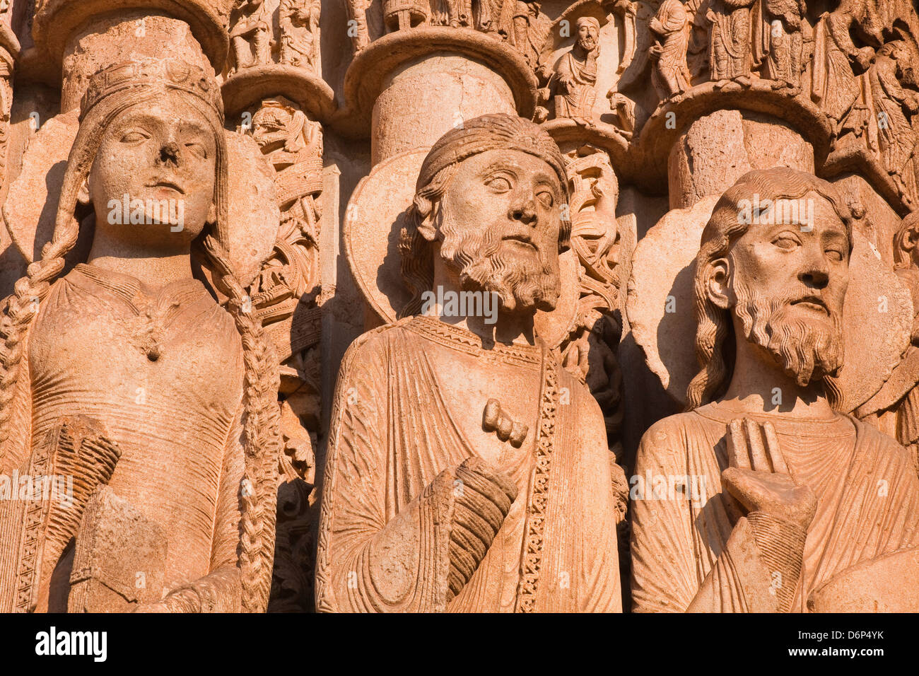 Stone figures adorning the west front of Chartres Cathedral, UNESCO World Heritage Site, Chartres, Eure-et-Loir, - Stock Image