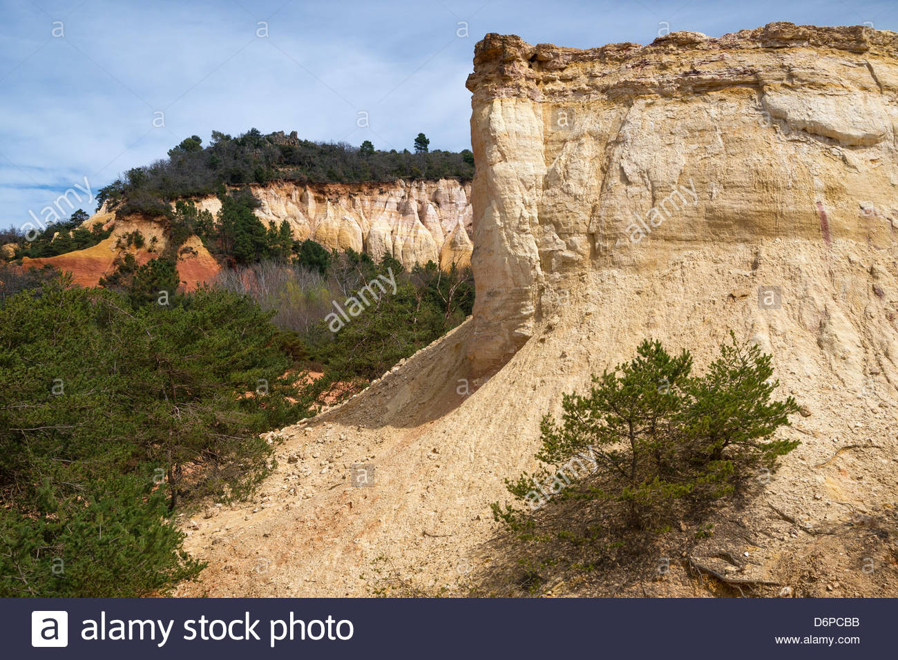 Ochre quarry known as the 'Colorado provençal' of Rustrel in Luberon - Provence (France) - Stock Image