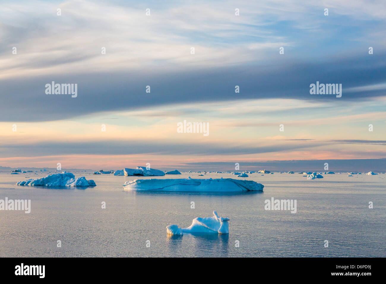 Icebergs in Kong Oscar Fjord, Northeast Greenland, Polar Regions - Stock Image