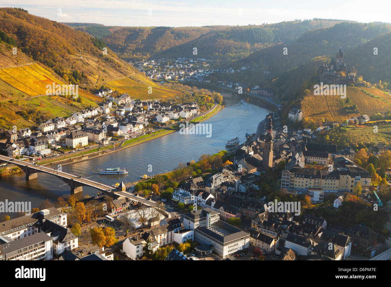 View over Cochem and the Mosel River in autumn, Cochem, Rheinland-Pfalz (Rhineland-Palatinate), Germany, Europe - Stock Image