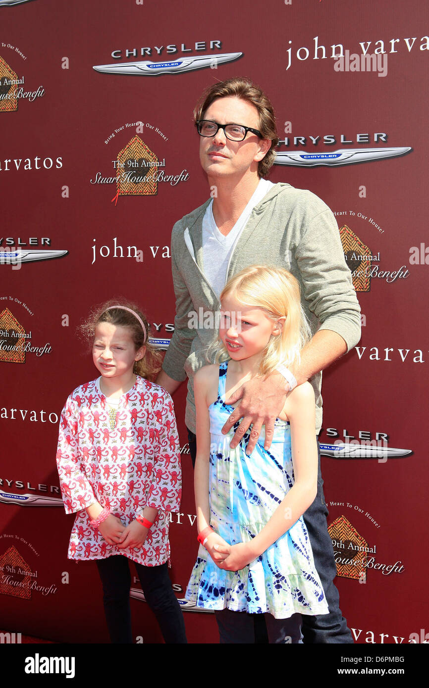 Donovan Leitch, daughters at the 9th Annual John Varvatos Stuart House Benefit. West Hollywood, California - 11.03.12 - Stock Image