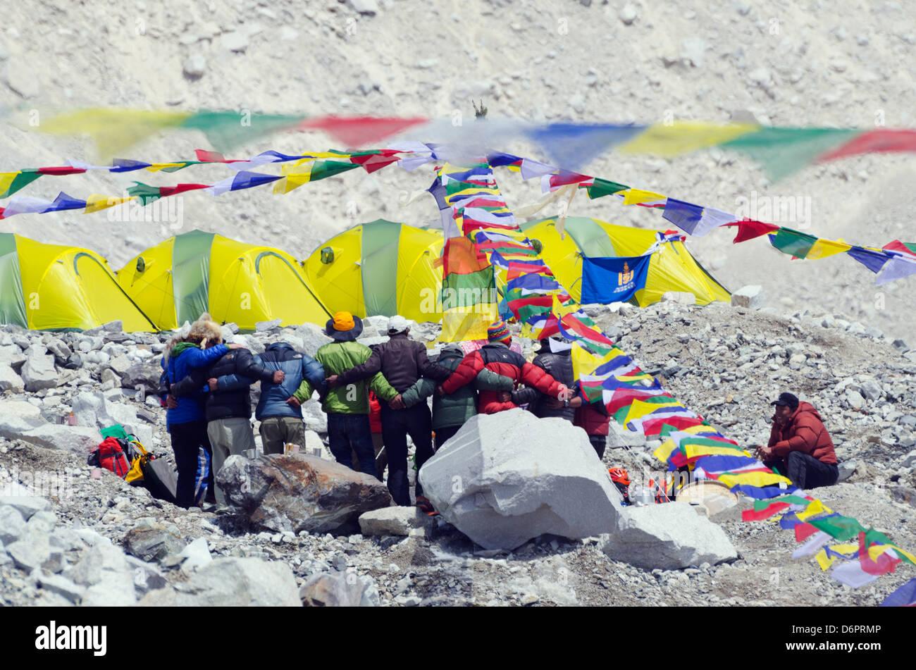 Asia, Nepal, Himalayas, Sagarmatha National Park, Solu Khumbu Everest Region, Unesco Site, Puja ceremony at Everest - Stock Image