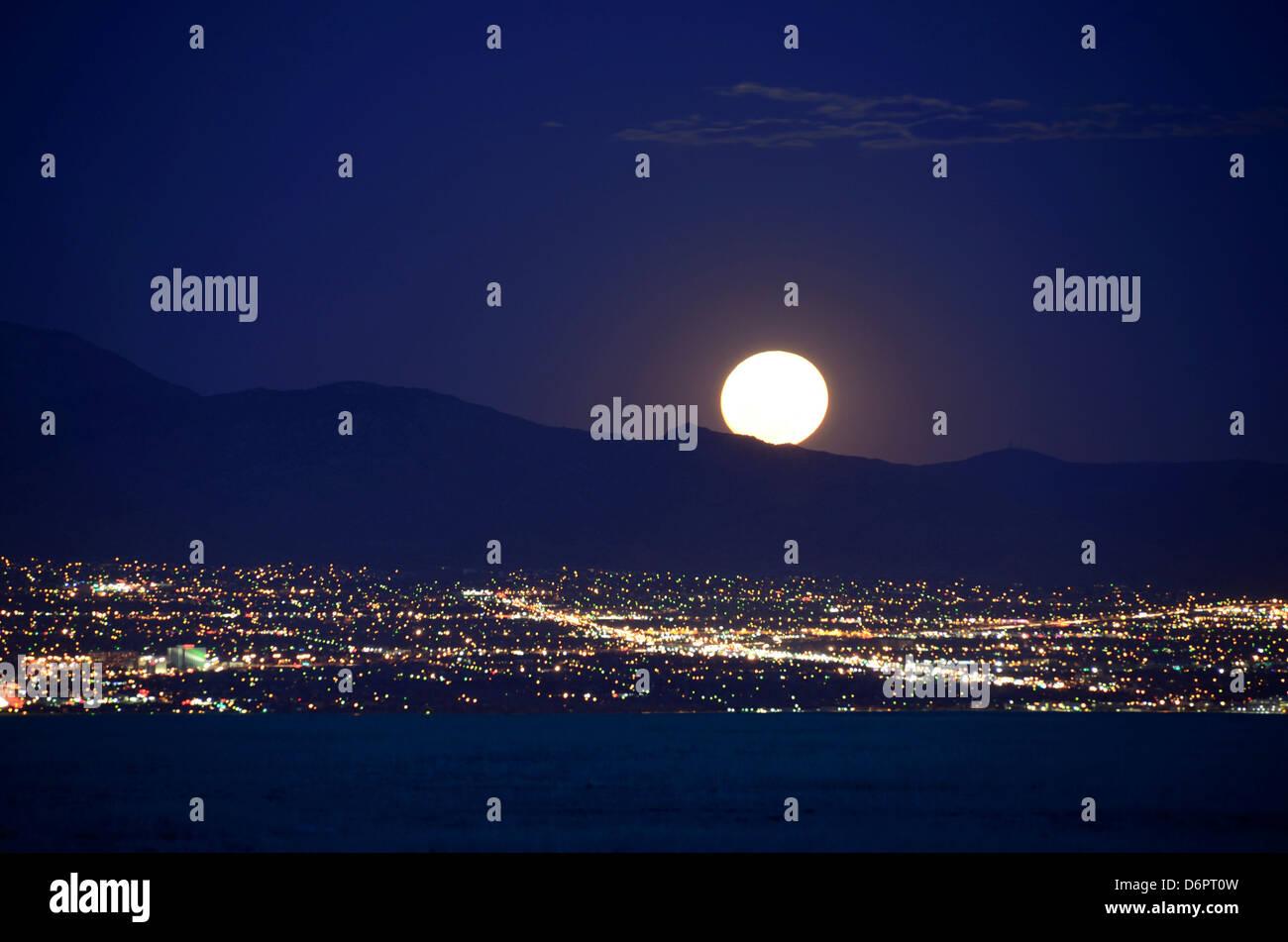 2bf3f5b4a5d71 Super Moon Stock Photos   Super Moon Stock Images - Alamy