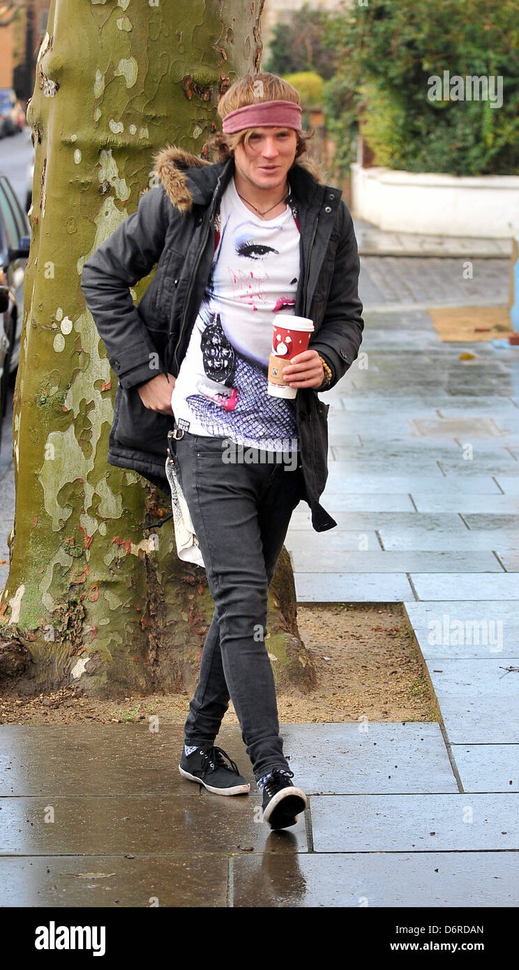 Dougie Poynter of McFly arriving at Fearne Cotton's house for her Christmas Party London, England - 22.12.11 Stock Photo