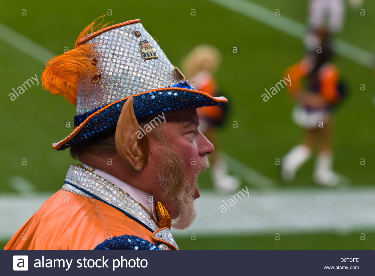 Rocky the Colorado Leprechaun, Denver Broncos vs. Pittsburgh Steelers NFL football game, Invesco Field at Mile High - Stock Image