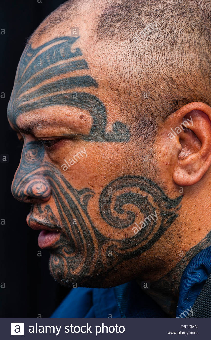 0f74769e5 Maori man with ta moko (facial tatoo), Manurewa Sunday Market, Auckland,