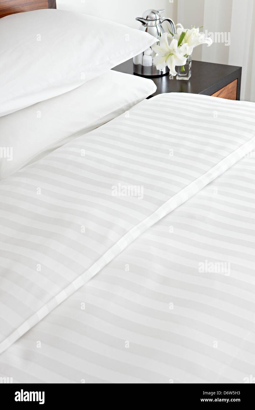 Crisp Cotton Made Bed Sheets Pillows