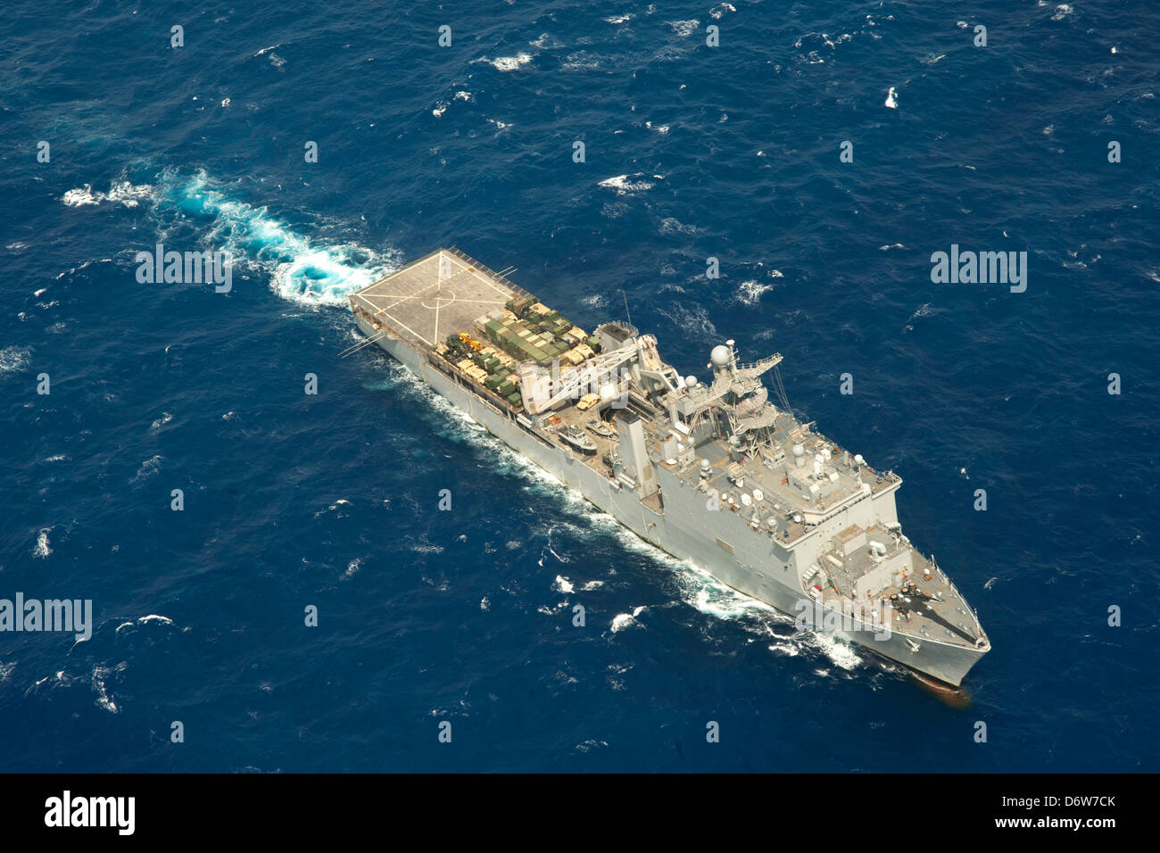 US Navy Amphibious dock landing ship USS Rushmore during operations April 23, 2013 in the Pacific Ocean. - Stock Image