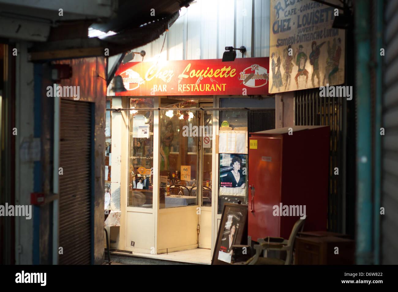 Cafe Chez Louisette in Paris - Stock Image