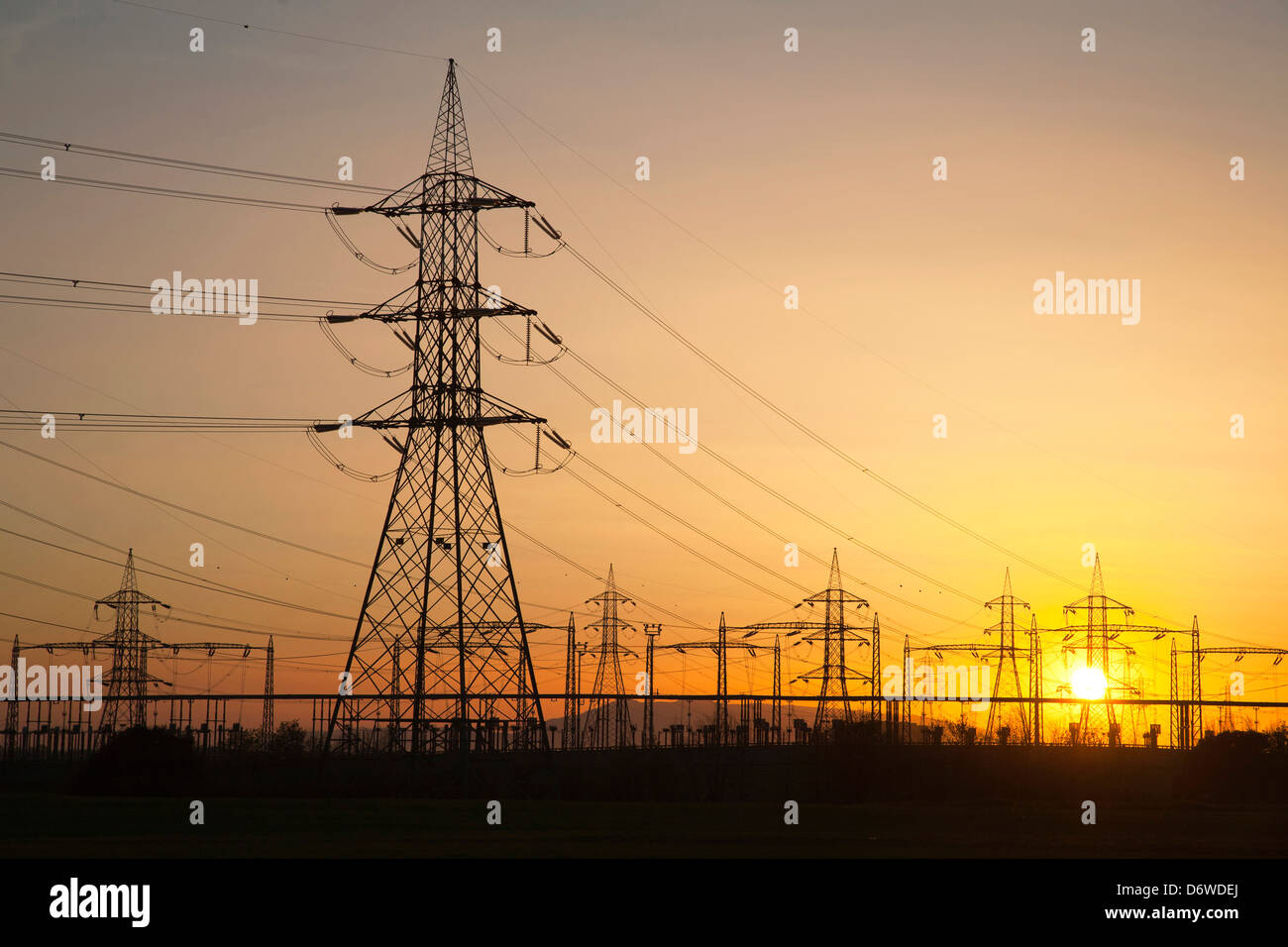 electricity, power, pylon, high voltage, cables, vulci, viterbo, lazio, italy, europe - Stock Image