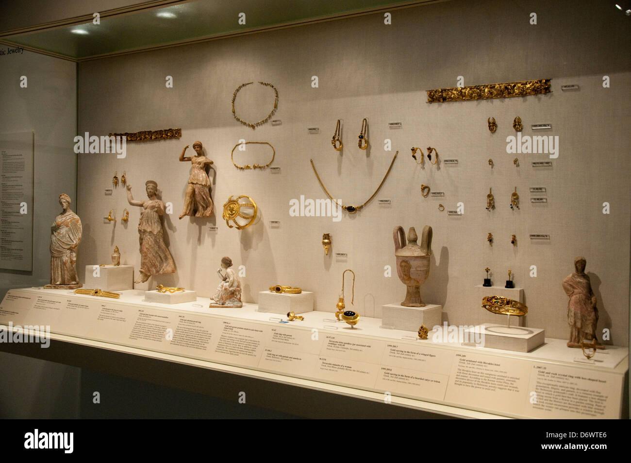 The Greek and Roman Art Gallery in the Metropolitan Museum of Art, (Met) New York City USA Stock Photo