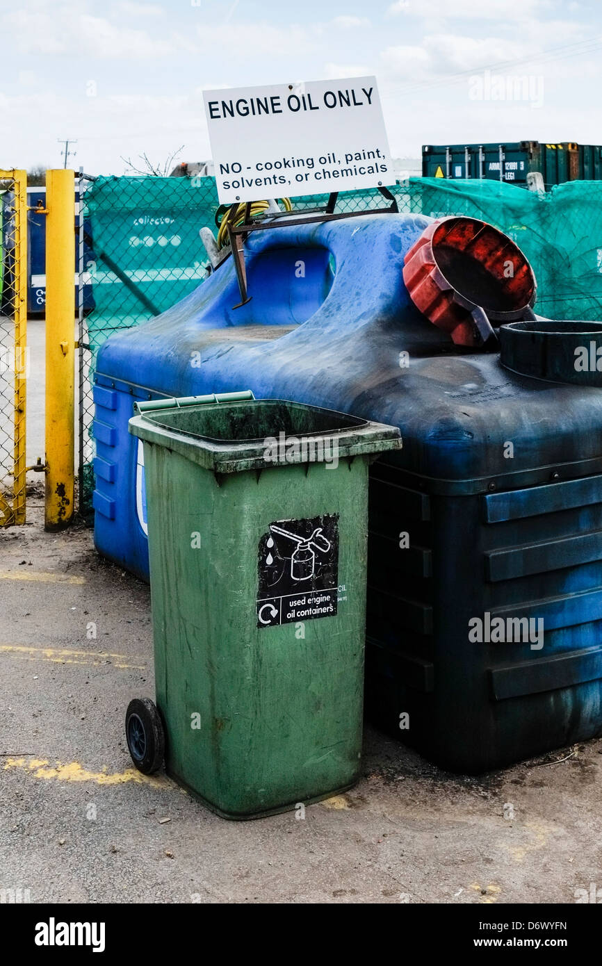 Waste Oil Disposal >> Used Engine Oil Disposal At A Recycling Centre In Essex Stock Photo