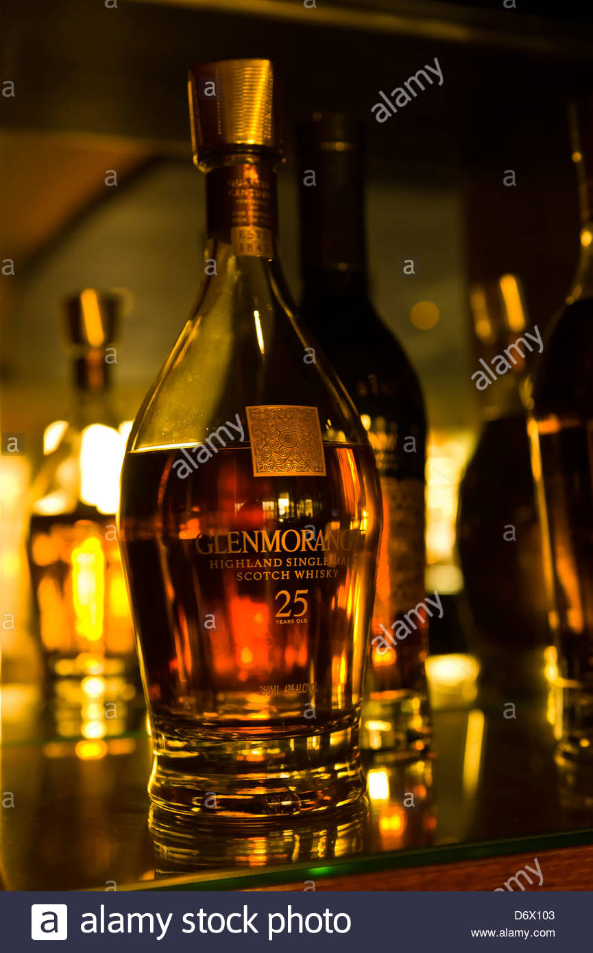 Single malt scotches in the Red Bar, Desert Palm Hotel, Dubai, United Arab Emirates - Stock Image