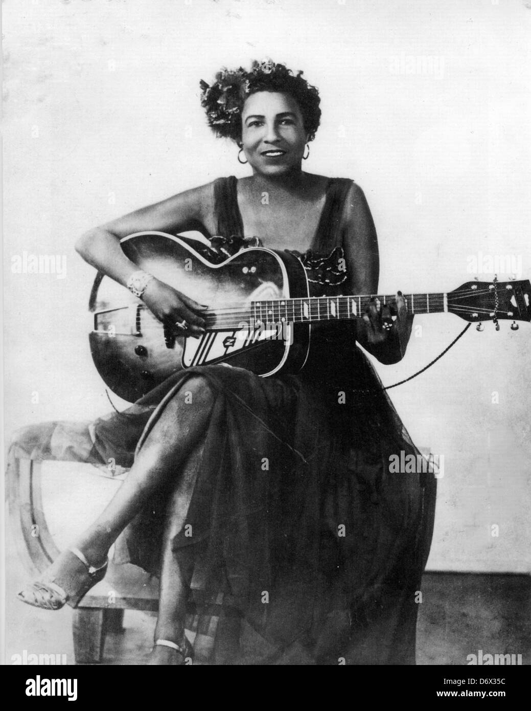 MEMPHIS MINNIE (1897-1973) US Blues musician about 1940