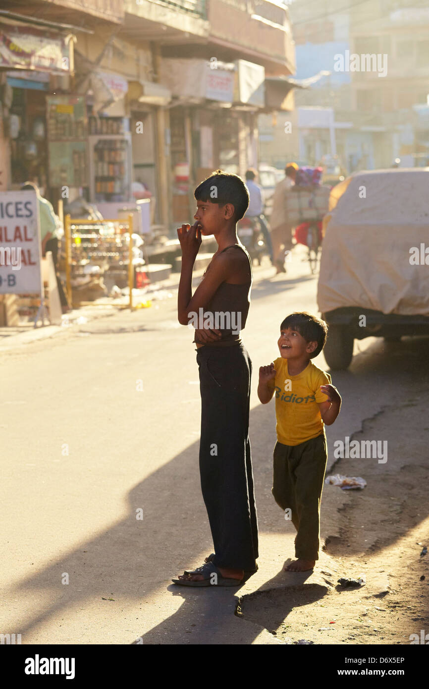 Young two indian children on the street of Jodhpur, Rajasthan State, India - Stock Image