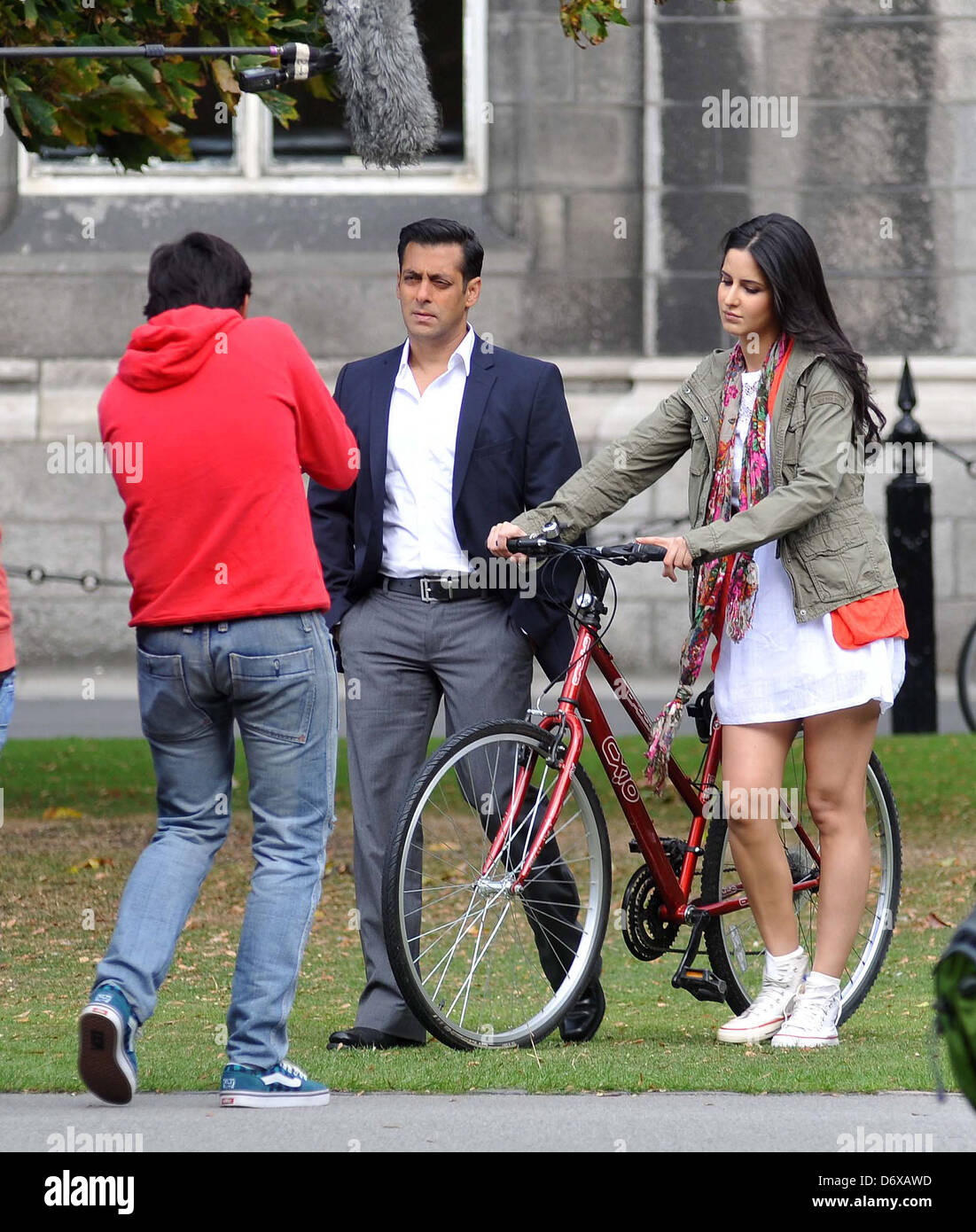 movie download free hindi movies 2012 ek tha tiger
