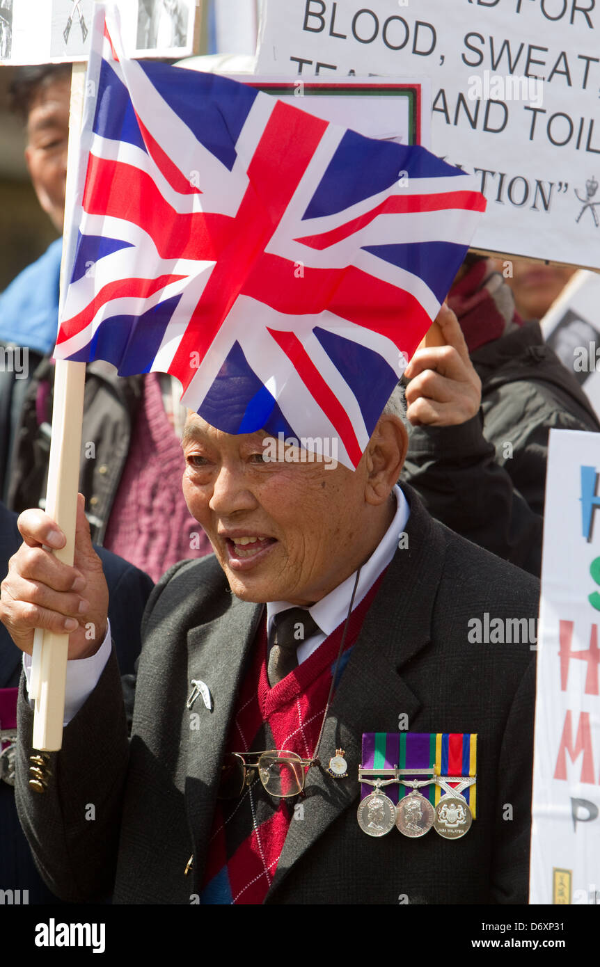 Hundreds of Gurkhas protest outside Parliament to ask the Government to change  position on Full Citizenship and - Stock Image