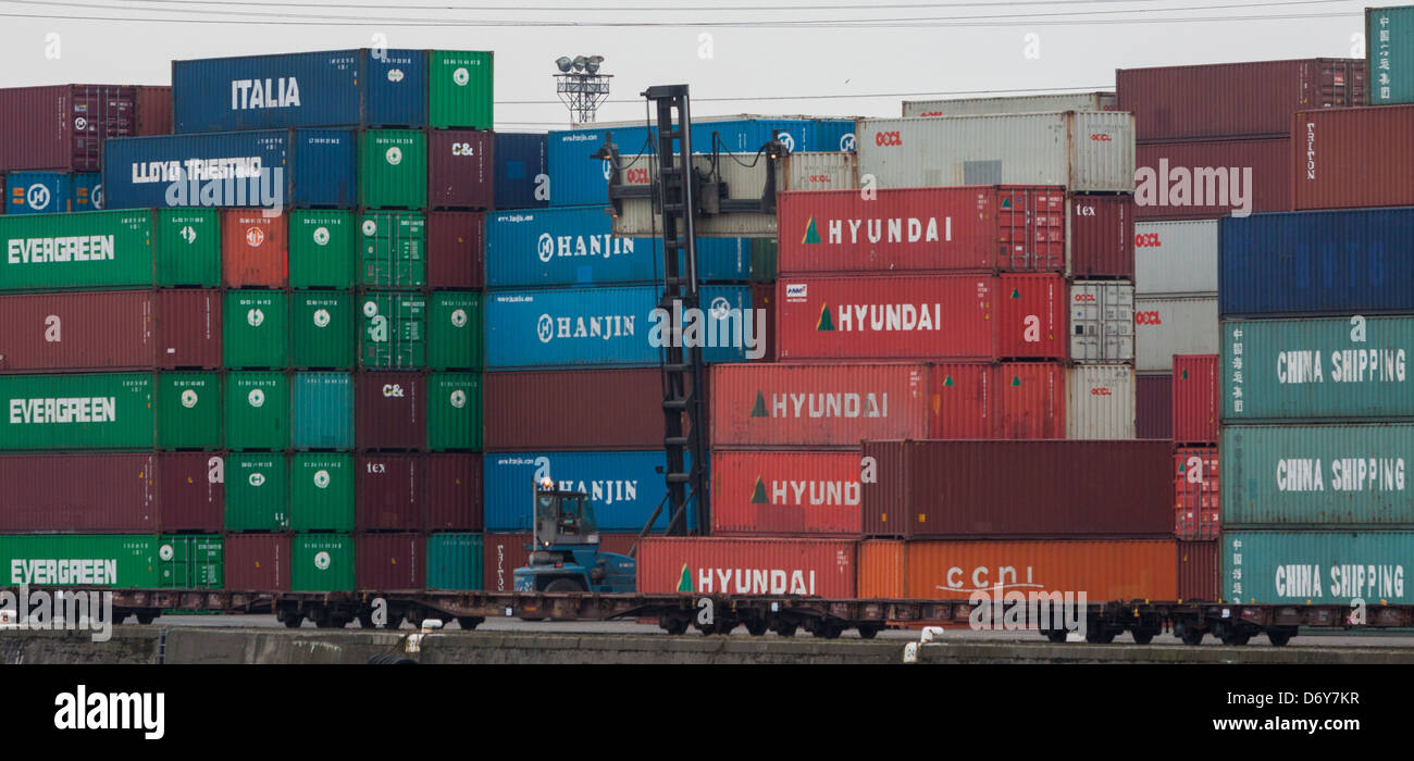 Containers at harbour Le Havre, Seine Maritime, France - Stock Image
