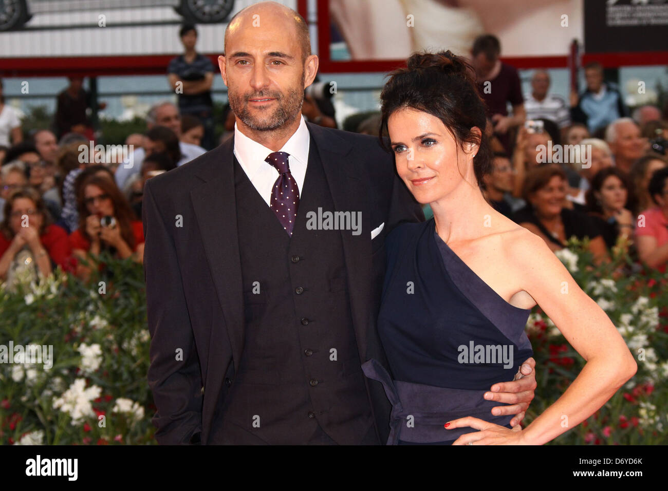 Mark Strong and his wife Liza Marshall The 68th Venice Film Festival - Day 6 - Tinker, Taylor, Soldier, Spy - Premiere - Stock Image