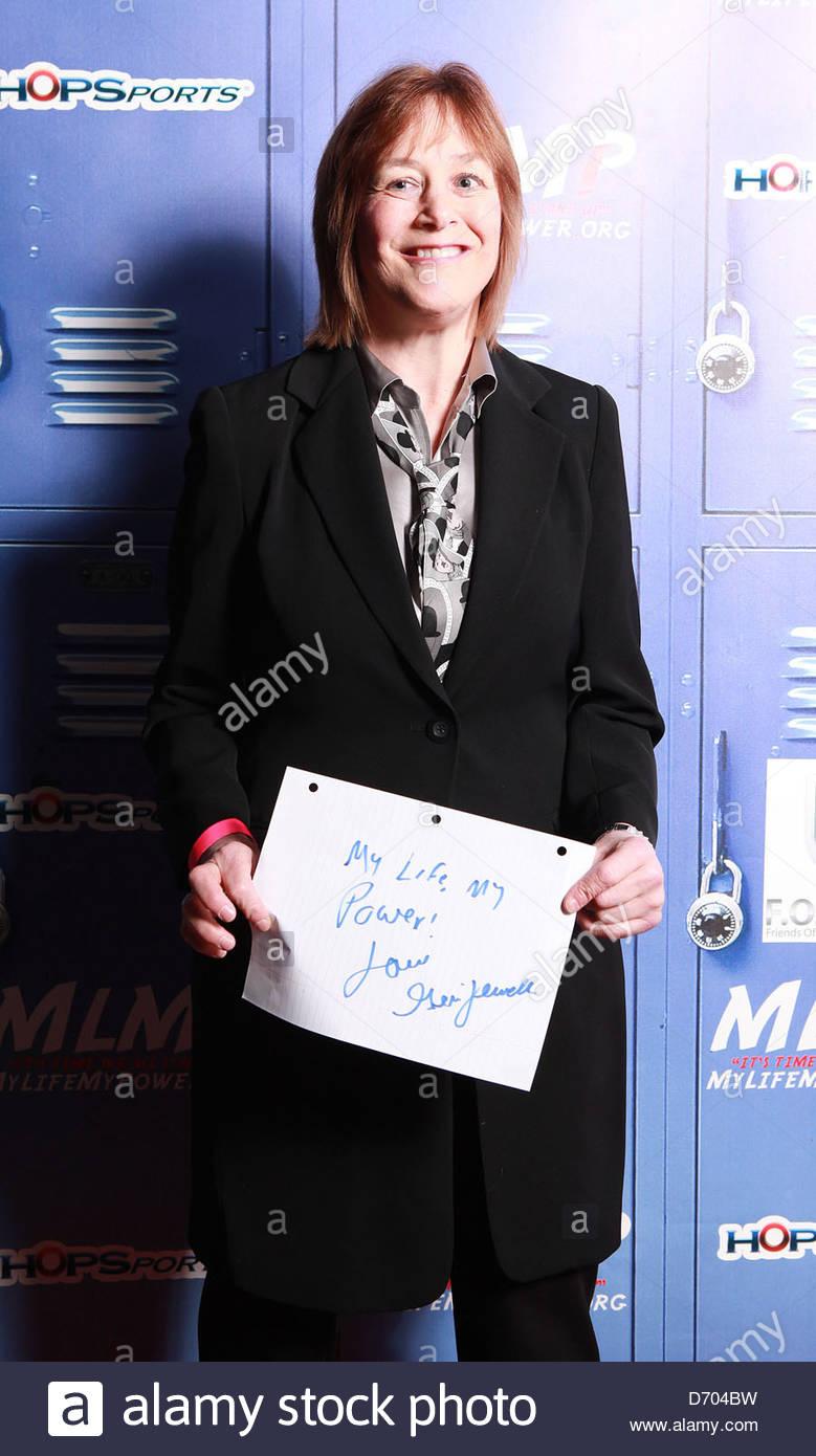 Watch Lara Flynn Boyle video