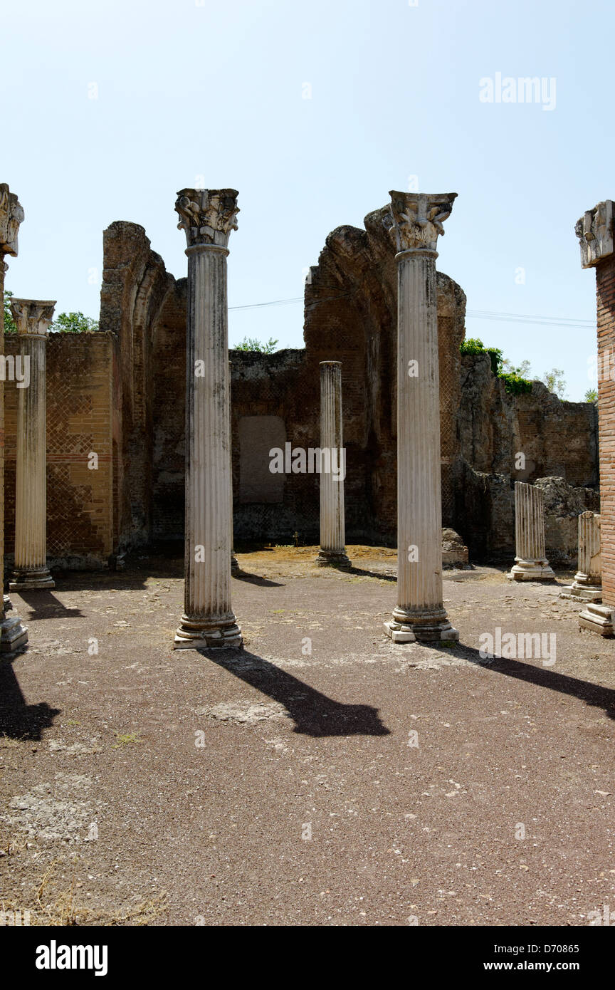 Villa Adriana. Tivoli. Italy. View of the columns in the great central exedra of the Piazza d'Oro or Golden Square, Stock Photo